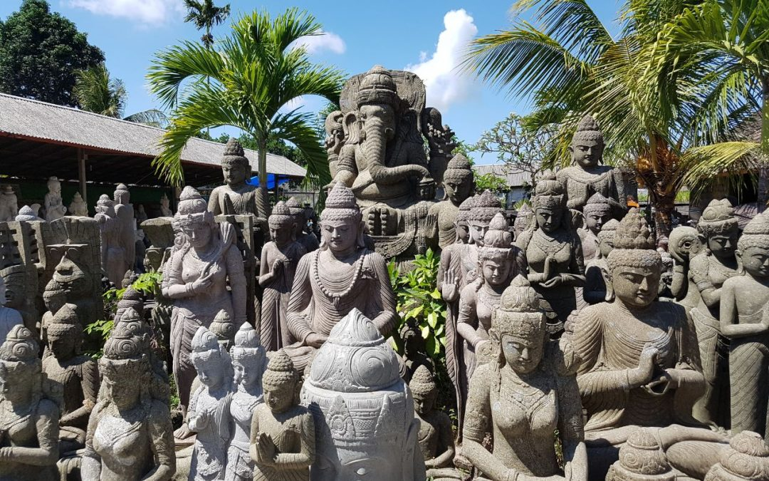 Steinmetzkunst auf Bali und das Zentrum Batubulan