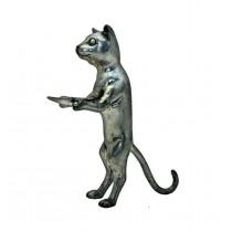Katze mit Schale