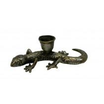 Salamander als Kerzenhalter