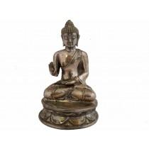 Buddha sitzend, Furchlosigkeitsgeste