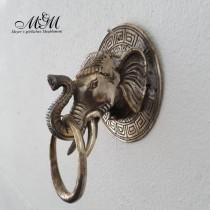 Elefantenkopf als Tuchhalter-oder Griff