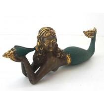 Meerjungfrau, liegend