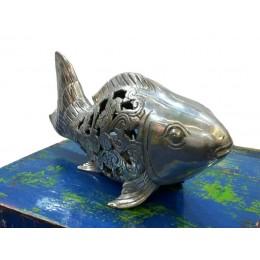Fisch mit durchbrochener Verzierung